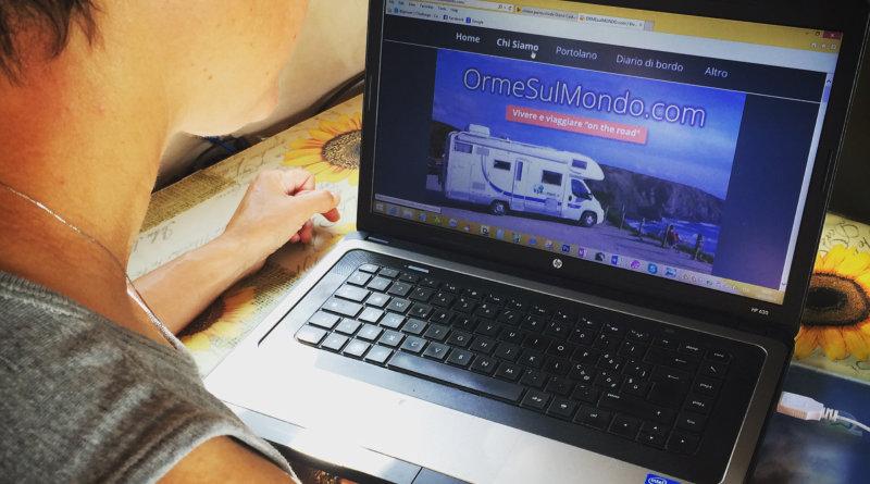 Amelie al lavoro sul nostro sito web