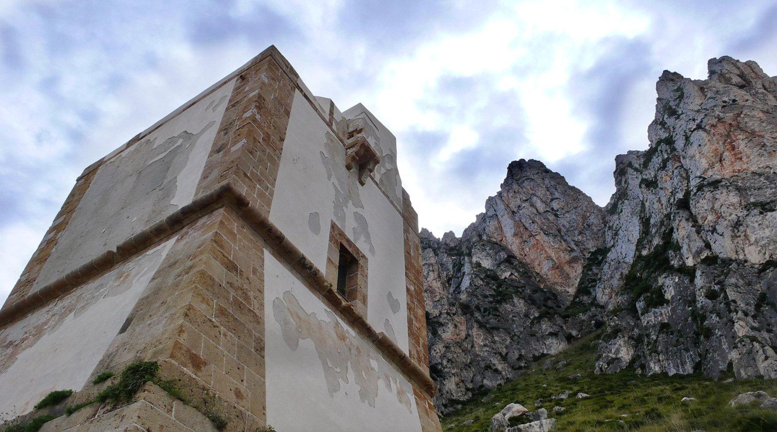 Torre del Cofano, nella Riserva Naturale del Monte Cofano, Custonaci