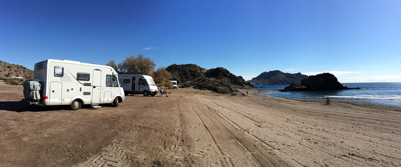 Sosta libera in camper ad Aguilas sullla Playa de Arroz