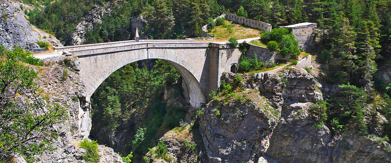 Il ponte d'Asfeld opera del Vauban