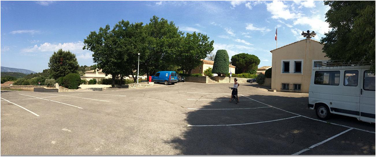 Parcheggio del comune di Goult