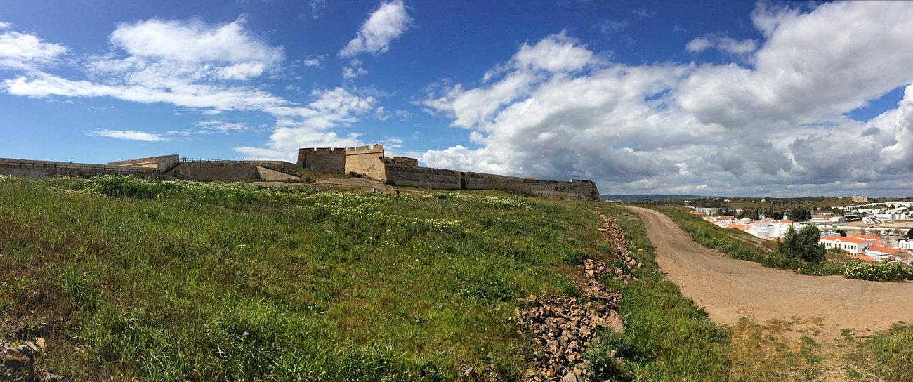 Veduta dalle mura del forte di Castro Marim