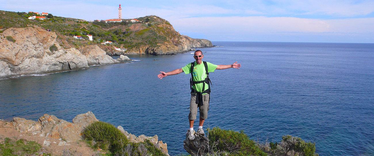 Escursione lungo il sentiero che segue la costa rocciosa dell'Albères