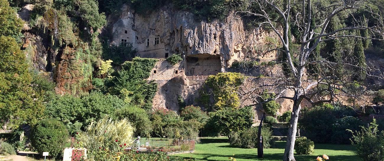 Le famose grotte troglodite di Villecroze