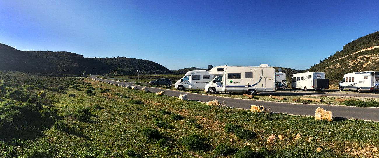 Parcheggio della spiaggia di Boca do Rio in Algarve