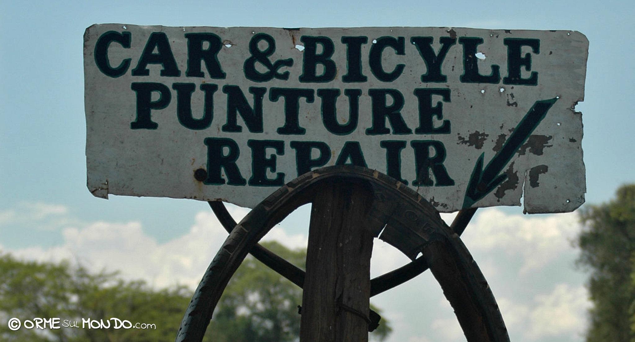 cartello riparazione auto