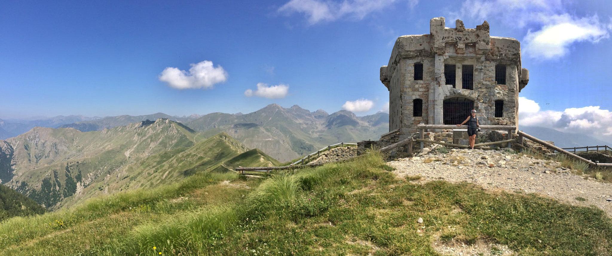 Spettacolare panorama da uno dei forti dell'Authion