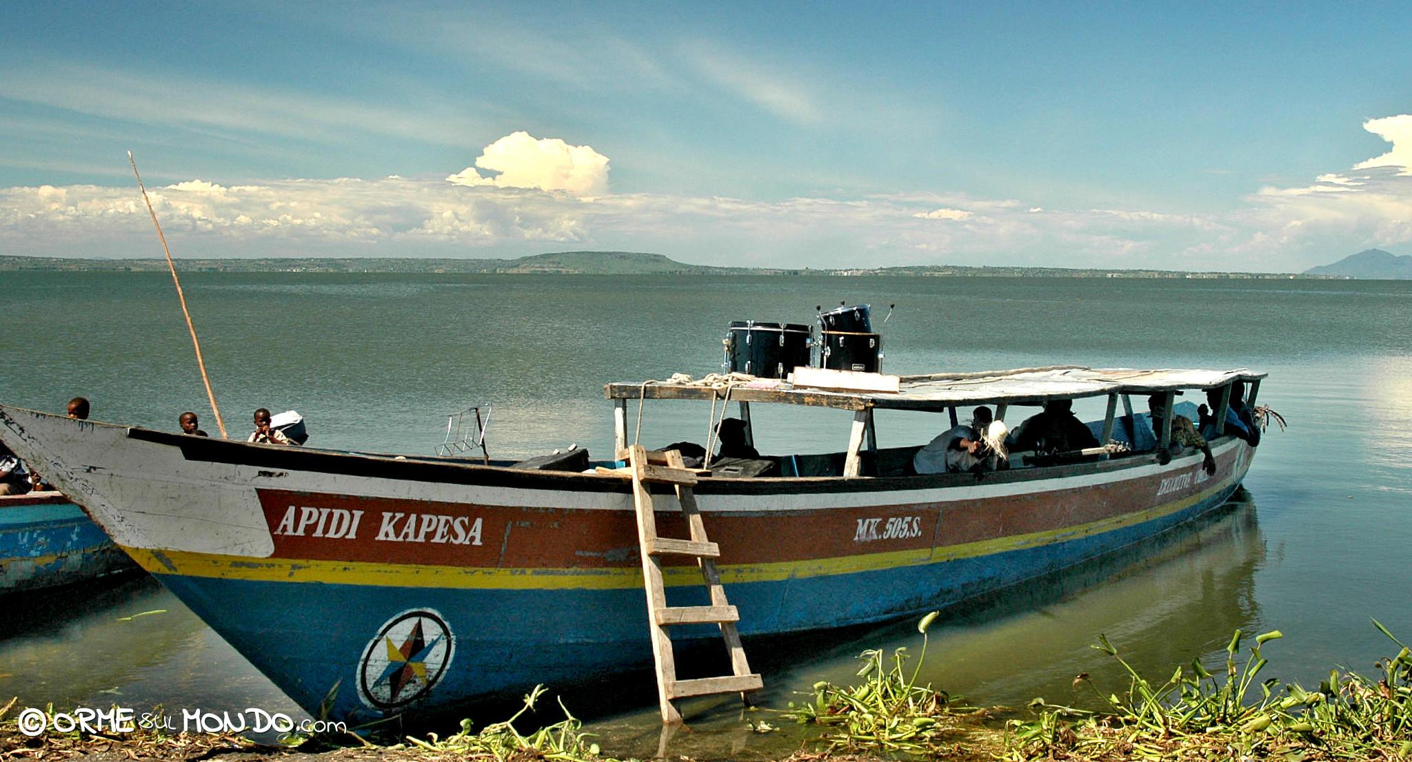 imbarcazione lago vittoria