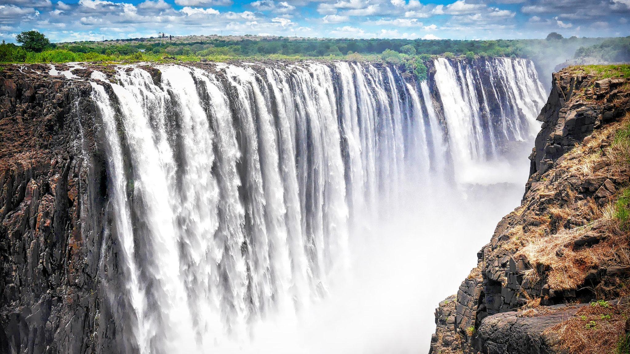 cascate vittoria zambia waterfall featured