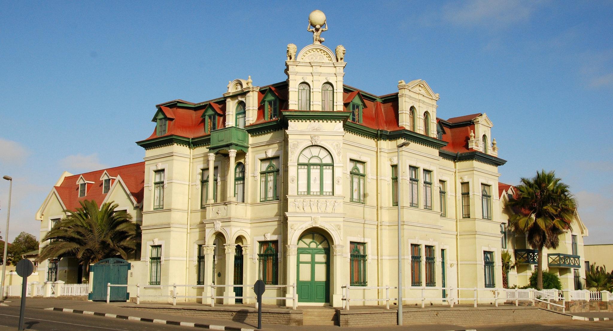 Tipico facciata dei palazzi di Swakopmund