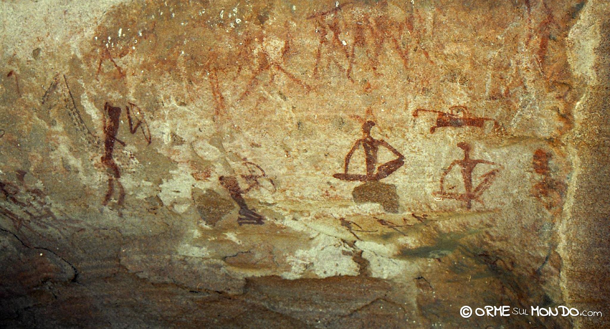 Pitture rupestri alle Tsodilo Hills raffiguranti esseri umani