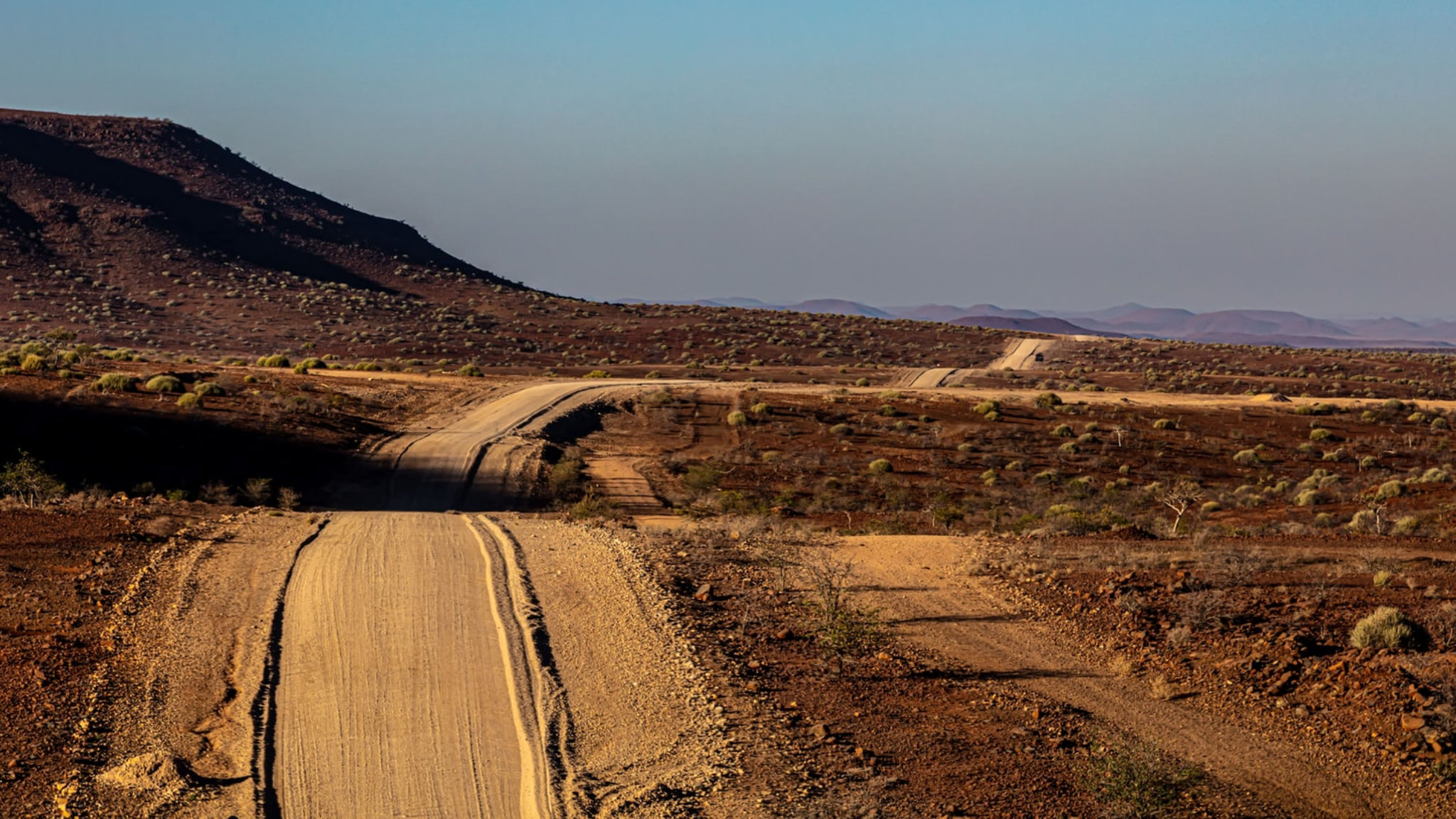 strada sterrata pista namibia featured